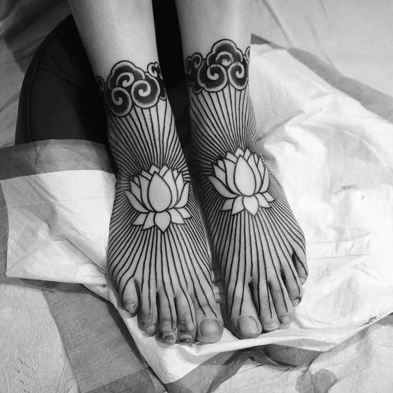 Unique Feet Henna Tattoo Design